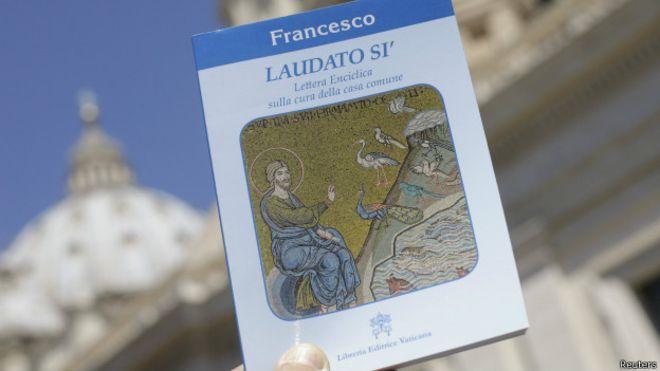 Portada del documento papal sobre el medio ambiente.