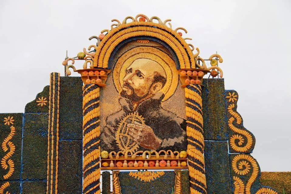Parte del retablo donde el Papa Francisco ofició la misa principal de su reciente visita a Paraguay.