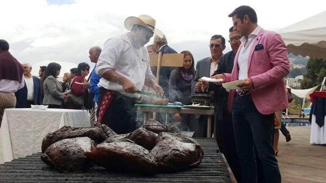 Degustación de carnes y gastronomía paraguaya en Guayaquil.