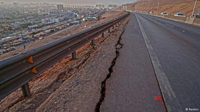 Aparecen las primeras imágenes del impacto del terremoto.